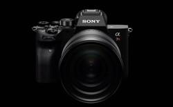 Sony công bố Alpha a7RIV: Máy ảnh Full-frame 61MP đầu tiên trên Thế giới