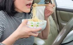 Xu hướng kỳ lạ đang nở rộ tại Nhật Bản: Thuê xe nhưng không dùng để lái mà chỉ để làm nơi ăn, ngủ, làm việc và cất đồ