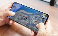 Chán 'tai thỏ' và 'giọt nước' thì hãy chọn 5 smartphone màn hình không khiếm khuyết này để chơi game cho đã