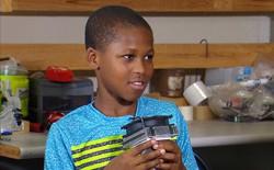 [Việt hóa] Bé 11 tuổi sáng chế ra thiết bị phát hiện trẻ em bị bỏ quên trong xe, biết thổi hơi mát để câu giờ chờ người tới cứu