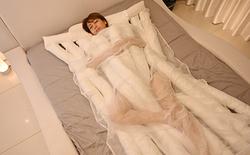 Công ty Nhật ra mắt chiếc chăn với thiết kế cực dị, trông như những sợi mì udon uốn éo cạnh nhau