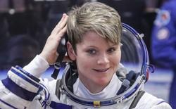 """Làm ở trạm vũ trụ nhưng vẫn tìm cách """"hack"""" tài khoản ngân hàng của bạn đời ở Trái Đất"""