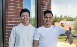 Startup đặc biệt của 2 chàng trai Việt: Sản xuất loại sneaker chống thấm nước từ rác thải đầu tiên trên thế giới, mỗi đôi giày làm từ 21 cốc cà phê và 6 chai nhựa!