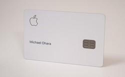 Chiếc thẻ Apple Card không phải 100% titan