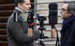 """""""Cuộc chiến truyền thông"""" tại các sự kiện tầm cỡ thế giới: Khi những bản tin ra đời chỉ từ một chiếc điện thoại và micro"""