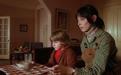 Cú lừa thốn nhất đời diễn viên: Đóng phim kinh dị hạng nặng mà cứ tưởng là phim gia đình, chục năm sau mới vỡ lẽ ra sự thật
