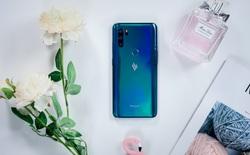 """Đây là 4 chiếc smartphone tầm trung với tông màu Classic Blue bạn có thể chọn cho năm mới thêm phần """"xanh tươi"""""""