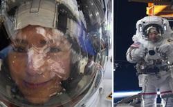 Ảnh 'tự sướng' của năm: Phi hành gia chụp ảnh selfie khi đang ngoài Vũ trụ bằng Nikon D5