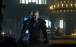 Nhà sản xuất Witcher hé lộ cái kết khác của mùa 1: cảnh X gặp Y đáng lẽ đã dài hơn, thế nhưng lại không đủ hay