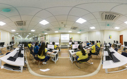 Từ giảng đường online đến lớp học thực tế ảo