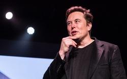 Tesla vừa trở thành nhà sản xuất ô tô lớn nhất thế giới vượt Toyota nhưng điều này liệu có hợp lý?