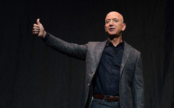 Doanh thu và lợi nhuận Amazon bùng nổ nhờ Covid-19