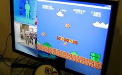 Sốc với tài nghệ chơi nấm lùn của Kinect khi bị hack