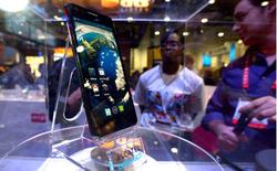Những siêu smartphone sở hữu màn hình Full HD tại CES 2013