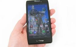 """Motorola DROID RAZR MAXX HD: Xứng danh """"Quái vật"""" về pin"""