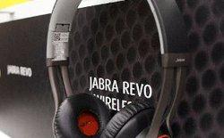 Jabra Revo: Tai nghe cảm ứng đa điểm
