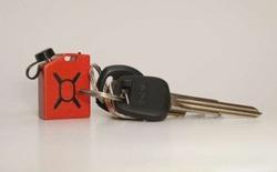 Cận cảnh Fuel Micro - Chiếc sạc điện thoại nhỏ nhất thế giới