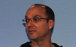"""""""Cha đẻ"""" Android Andy Rubin từ nhiệm"""
