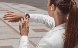 Partron ra mắt hai mẫu đồng hồ thông minh Urban HR và We-temp Band, Made in Việt Nam, có đo nhiệt độ cơ thể giá chỉ từ 1.290.000 đ