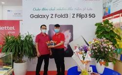Đúng hẹn, người dùng đặt mua trước đã được trên tay Galaxy Z trước giờ G nhờ nỗ lực phi thường của Samsung