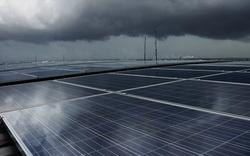 Sủ dụng công nghệ chấm lượng tử, pin mặt trời có thể tạo ra điện năng ngay cả khi trời nhiều mây hay có mưa