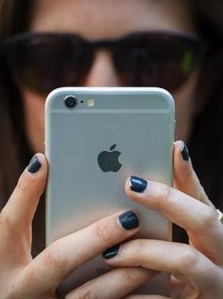 Đã đến lúc không nên coi iPhone là một món hàng xa xỉ nữa