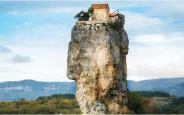 21 bức ảnh ngoạn mục về các địa điểm tôn giáo biệt lập bậc nhất thế giới
