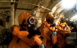 Thủy thủ tàu ngầm Nga huấn luyện thoát hiểm khi tàu chìm như thế nào? Đây là chia sẻ của bác sỹ tâm lý trong hải quân Nga.