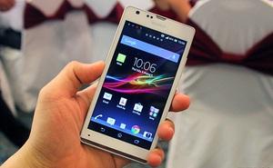Cận cảnh Sony Xperia SP tại Việt Nam