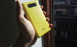 Smartphone Lumia sẽ có pin năng lượng mặt trời