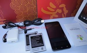 HTC Butterfly nhái giá chỉ 5 triệu đồng