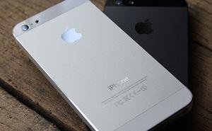 Hiệu ứng Domino của 10.000 iPhone 5