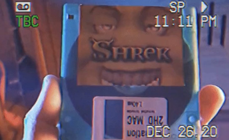 Anh chàng này nén cả bộ phim Shrek vào một chiếc đĩa mềm dung lượng 1.44 MB