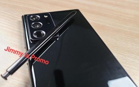 Samsung Galaxy Note 20 Ultra lần đầu tiên lộ ảnh thực tế: Viền bezel mỏng hơn, camera đục lỗ nhỏ hơn, màn hình cong hơn