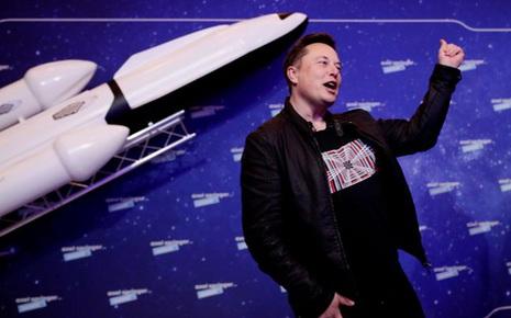 Tiếp lửa cho Reddit, Elon Musk hứa gắn tên GameStop lên tên lửa nếu giá cổ phiếu đạt 1.000 USD