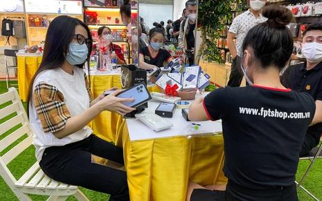 iPhone 13 series chính thức mở bán tại Việt Nam 0h đêm nay