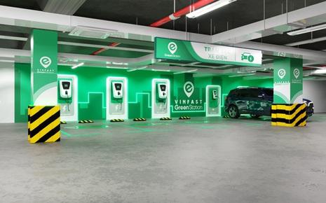 VinFast sẽ lắp đặt trạm sạc xe điện tại nhà cho người dùng có nhu cầu, giá dự kiến 5.5 triệu đồng