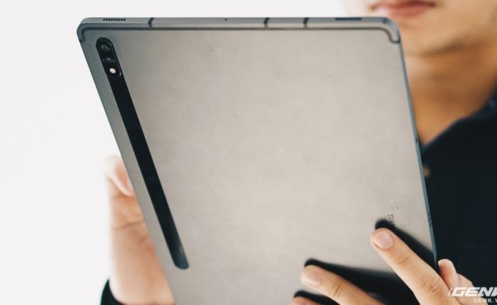 Đánh giá Galaxy Tab S7+: Hoàn toàn có cửa cạnh tranh với iPad