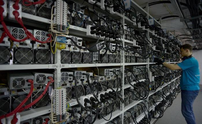 """Giá """"trâu cày"""" Bitcoin tăng chóng mặt, các thợ đào bắt đầu tìm đến các loại VGA để thay thế"""
