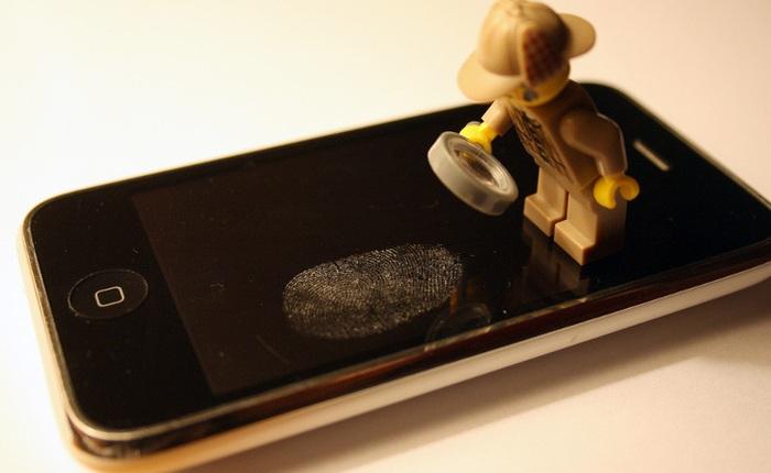Mồ hôi dấu vân tay dính trên điện thoại của bạn hóa ra là một tính toán tuyệt vời của tạo hóa