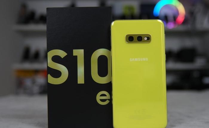 Galaxy S10e từng khá thành công, vì sao Samsung năm nay không ra mắt bản giá mềm S20e đi kèm Galaxy S20 nữa?