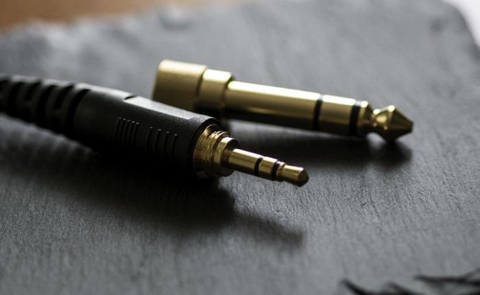 Nhìn lại jack tai nghe: Hơn một thế kỷ tuổi đời và đang dần biến mất trên smartphone