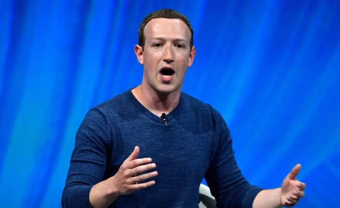 Facebook đưa nước sát khuẩn tay, giấy lau khử khuẩn, và bộ kit xét nghiệm COVID-19 vào danh mục cấm