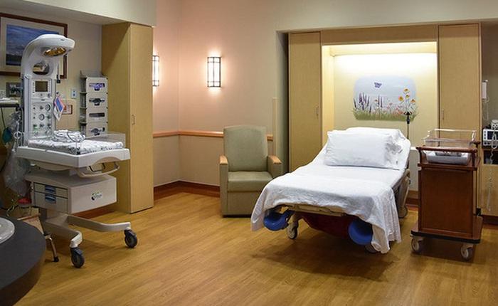Nguyên Cục trưởng Cục y tế dự phòng: Mua tặng phòng điều trị áp lực âm cho bệnh viện: lợi bất cập hại