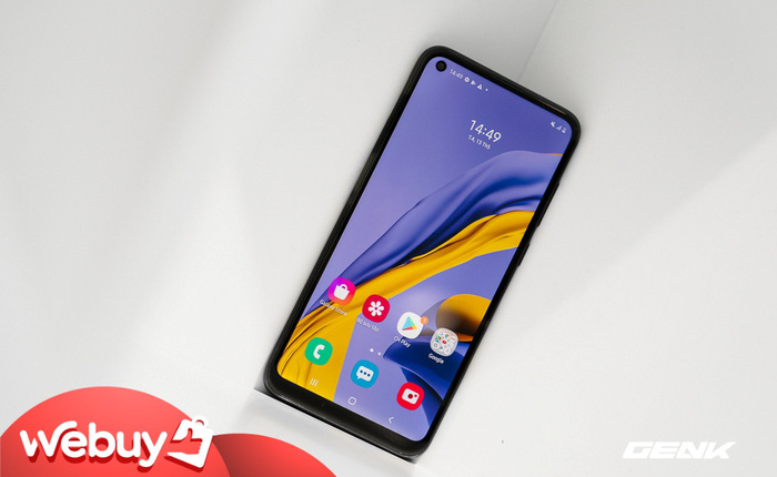 Trên tay Galaxy M11: Giá hơn 3 triệu mà đã có màn hình đục lỗ xịn sò, 3 camera chính, pin 5000mAh sạc nhanh 15W và chip Snapdragon 450