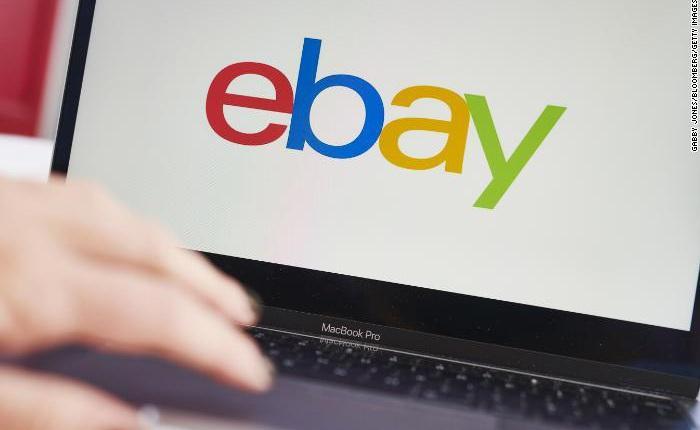 """Nhân viên eBay dùng gián, ấu trùng, nhện """"khủng bố"""" blogger chỉ trích công ty"""