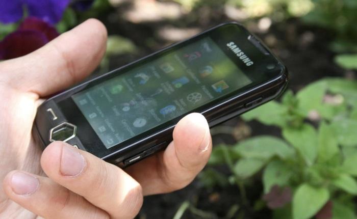 """Nhìn lại Samsung S8000 Jet: Chiếc """"phản lực"""" khiến cả những smartphone cũng phải e dè"""