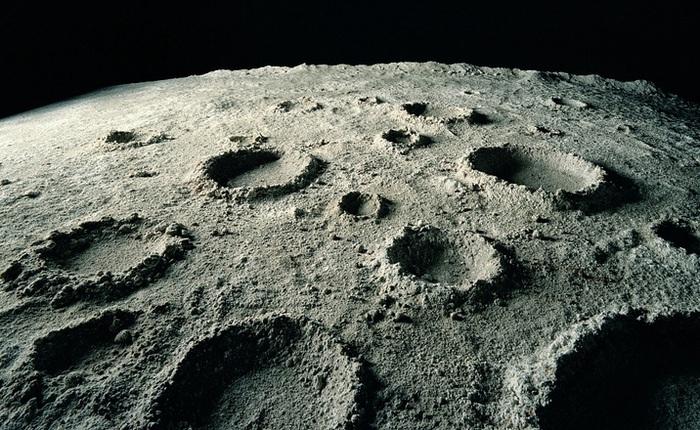 Các nhà khoa học Ấn Độ phát triển thành công quy trình làm gạch xây dựng trên Mặt Trăng