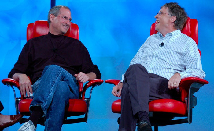 Bill Gates luôn ghen tị và coi Steve Jobs như một phù thủy với khả năng truyền cảm hứng, động lực cực kì thuyết phục