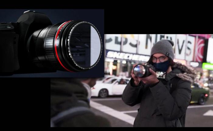 Món phụ kiện đơn giản này giúp mẫu ảnh tự nhìn thấy mình trước ống kính để tạo dáng